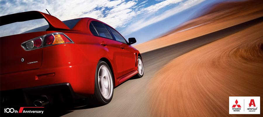 ۶ عمل خطرناک در حال رانندگی با سرعت بالا
